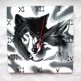 "Wall clock ""Wolves"" (25х25) (1)"