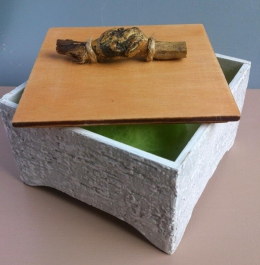 "Jewelry-box ""Pine tree stick""(1)"